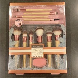 Eco tools radiant vanity beauty kit new in box